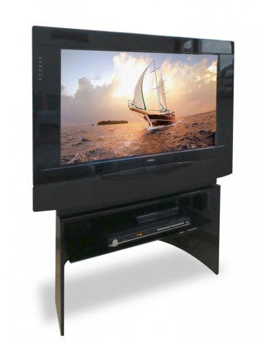 "Loewe Aconda 30"" CRT Television"