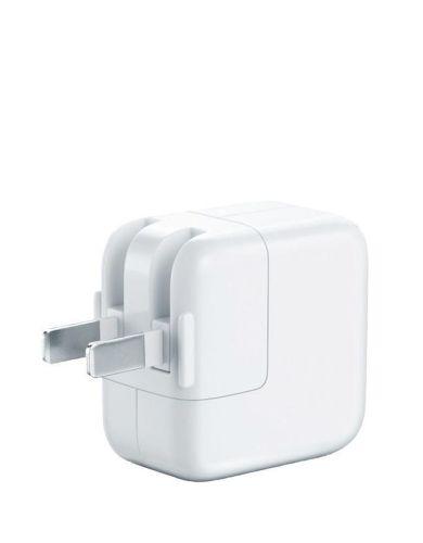 Apple MD836LLA12W USB Power Adapter