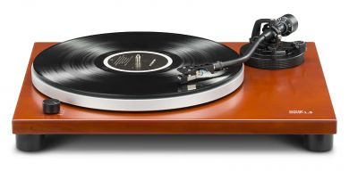 Music Hall MMF-1.5 Turntable with built-in phono preamp